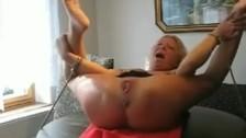 Аматорский фистинг зрелой женщине рукой